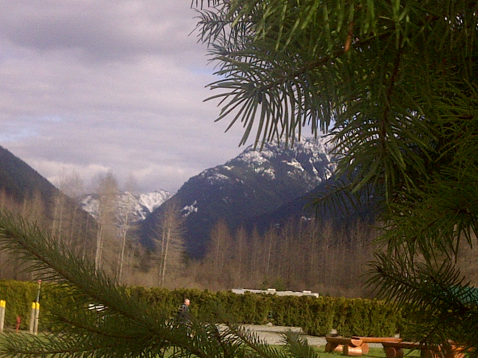 Picture of Sunshine Valley RV Resort on a brisk cold day