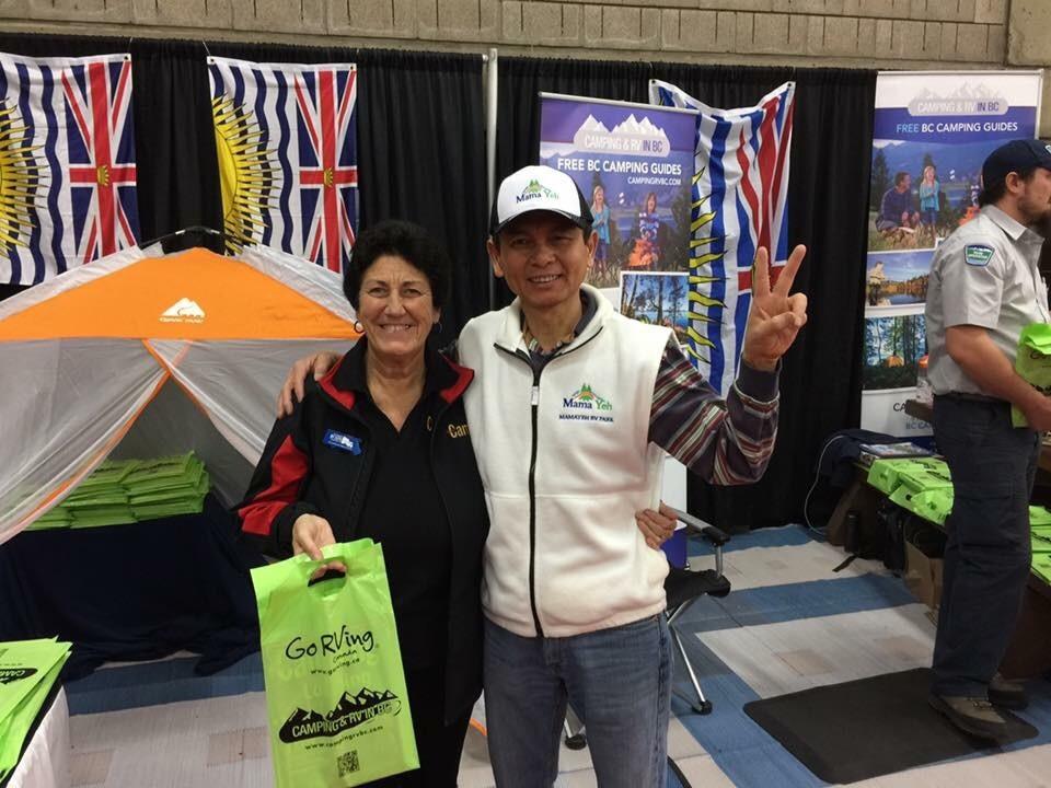BC Alley in Edmonton RV Show Anne (BCLCA) & Edward Yeh MamaYeh