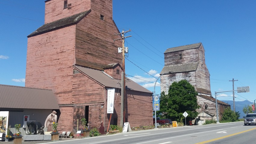 Grain Elevators with Carvings, Creston